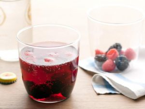 red wine spritzer
