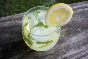 vodka-mint-lemonade